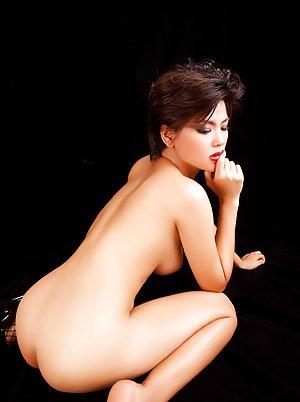 Asian Sexy Legs Pics
